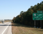 2010-11-09_US_Route_264_Exit_60_to_North_Farmville.jpg