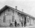 Tupelo__Mississippi_Railroad_Depot__circa_1900_.jpg