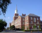 McMicken_Hall__University_of_Cincinnati__2005-08-19.jpg