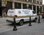 Wilmington__Delaware_police_van.jpg