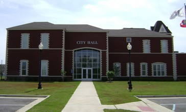 Fitzgerald_City_Hall.jpg