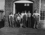 Child_workers_in_Talladega__Alabama.jpg