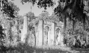 Prince_William_s_Parish_Church__Ruins___Sheldon_vicinity__Beaufort_County__South_Carolina_.jpg