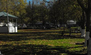 Tuolumne_City__Downtown_Park.JPG