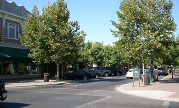Turlock_Main_Street.JPG