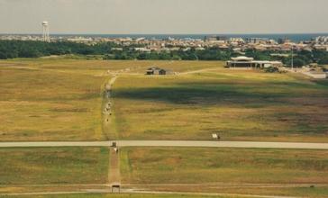 Kitty_Hawk_Airfield.jpg