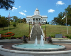 Old_Jackson_County_Courthouse.jpg