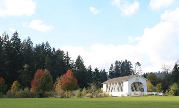 Weddle_Bridge_in_Sweet_Home__Oregon.jpg