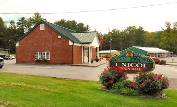 Unicoi-town-hall-tn1.jpg
