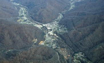 Evarts_Kentucky_from_the_air.jpg