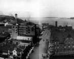 Asahel_Curtis_panorama_of_Tacoma_manufacturing_district_and_tide_flats__1912__cropped_to_rectangle_.jpeg
