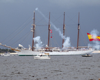 Juan_Sebastian_de_Elcano_at_Pensacola.jpg