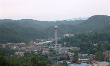 Downtown_Gatlinburg__Tennessee.JPG