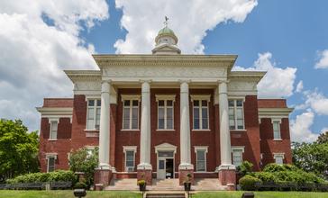 Attala_County_Courthouse_-_Kosciusko__Mississippi__27832990031_.jpg