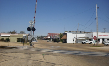 Downtown_Magee__Mississippi_March_2013.jpg