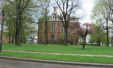 Coshocton_County_Courthouse_rear.jpg