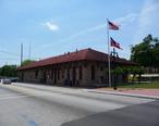 Stone_Mountain__Georgia_City_Hall_and_Police_Station.JPG