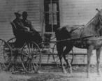 Minor-Hill-horse-carriage-1900-tn1.jpg