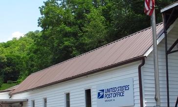 Post_Office_in_Birchleaf__Virginia.jpg
