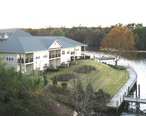 Condominium_on_Lake_Marion__Santee__South_Carolina__24_November_2006_.jpg