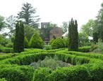 Barnsley_Gardens_Ruins_with_Foliage.jpg