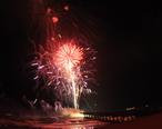 Deerfield_beach_fireworks_show_2013_photo_D_Ramey_Logan.JPG