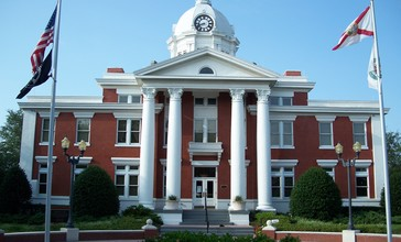 Pasco_Cty_Courthouse_Dade_City.jpg