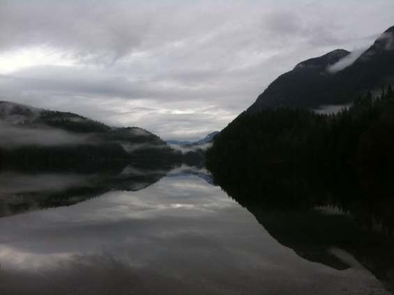 Buntzen Lake, the morning of December 13, 2010