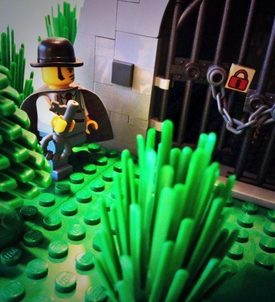 H.P. Lovecraft's THE TOMB (II) legoized by Jesse Willis