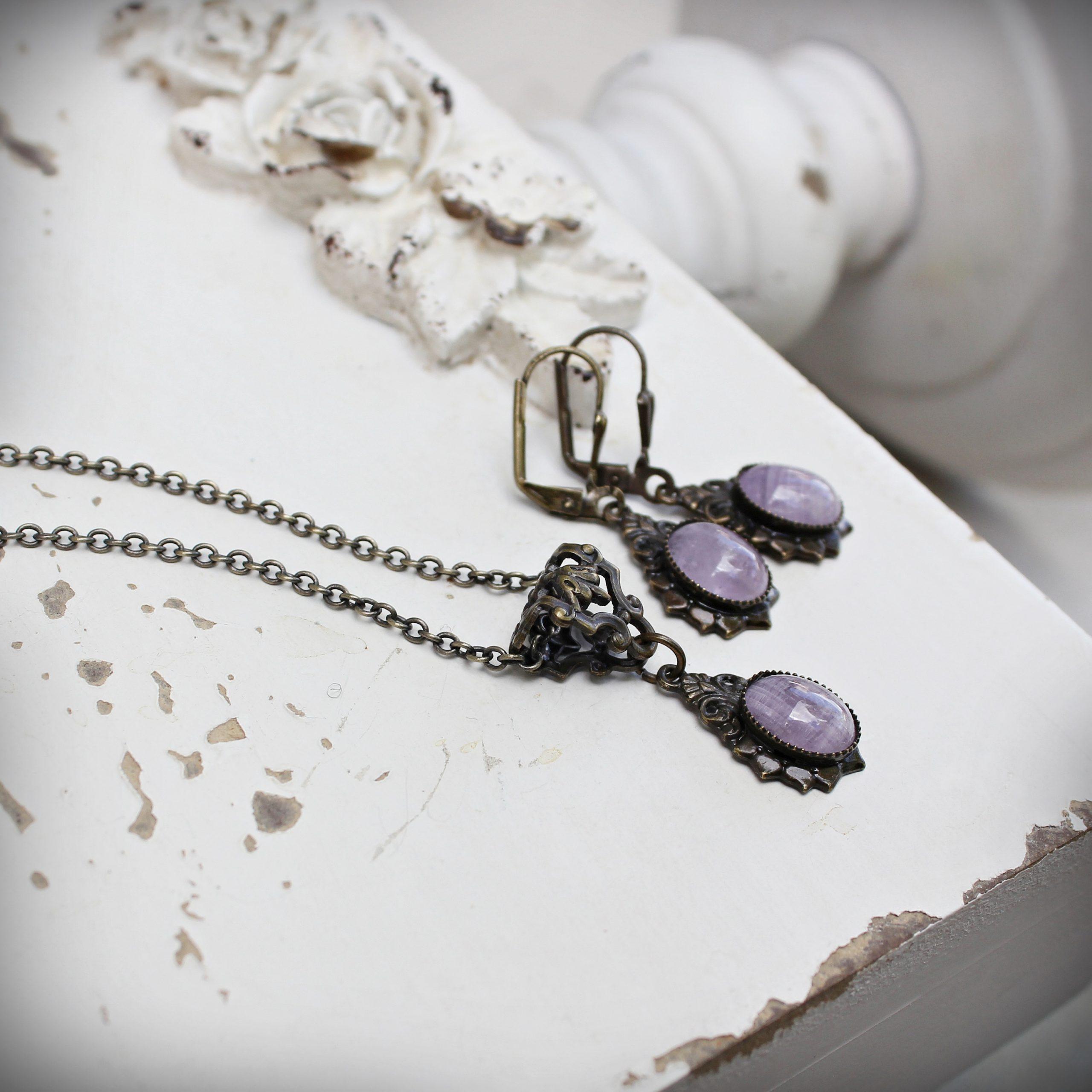 amethyst necklace earrings vintage style