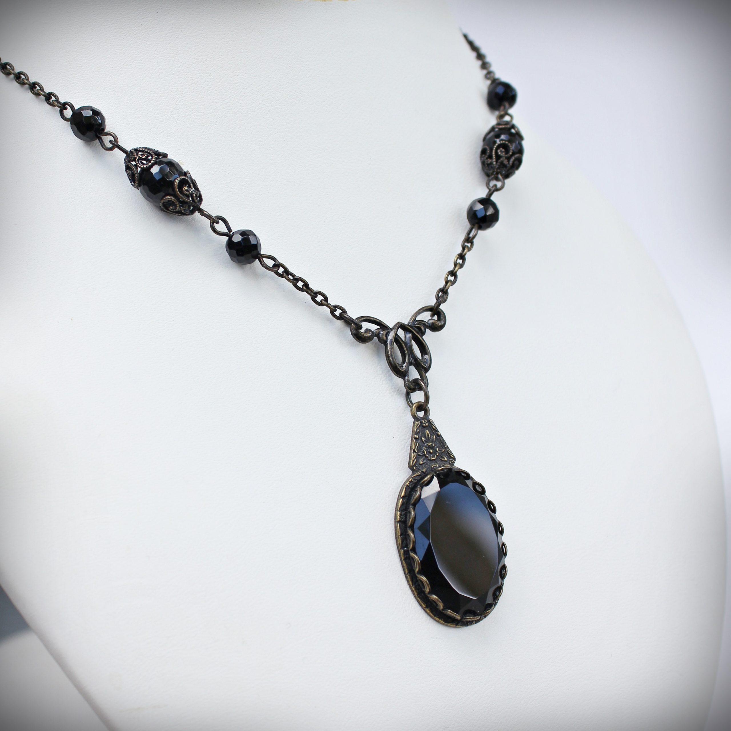 Vintage Style Faceted Black Onyx PendantNecklace