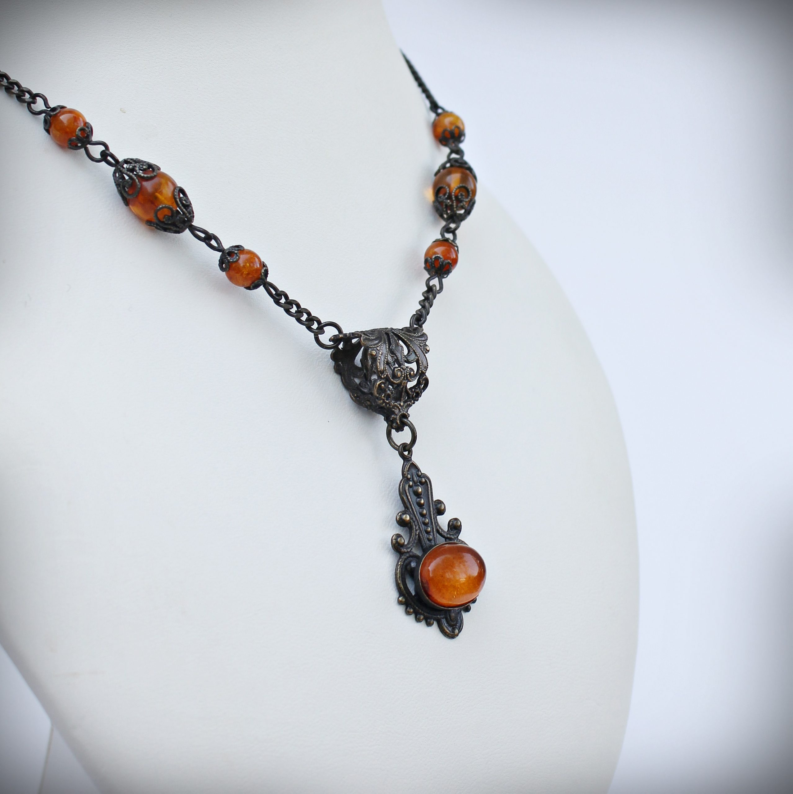 baltic amber necklace vintage style