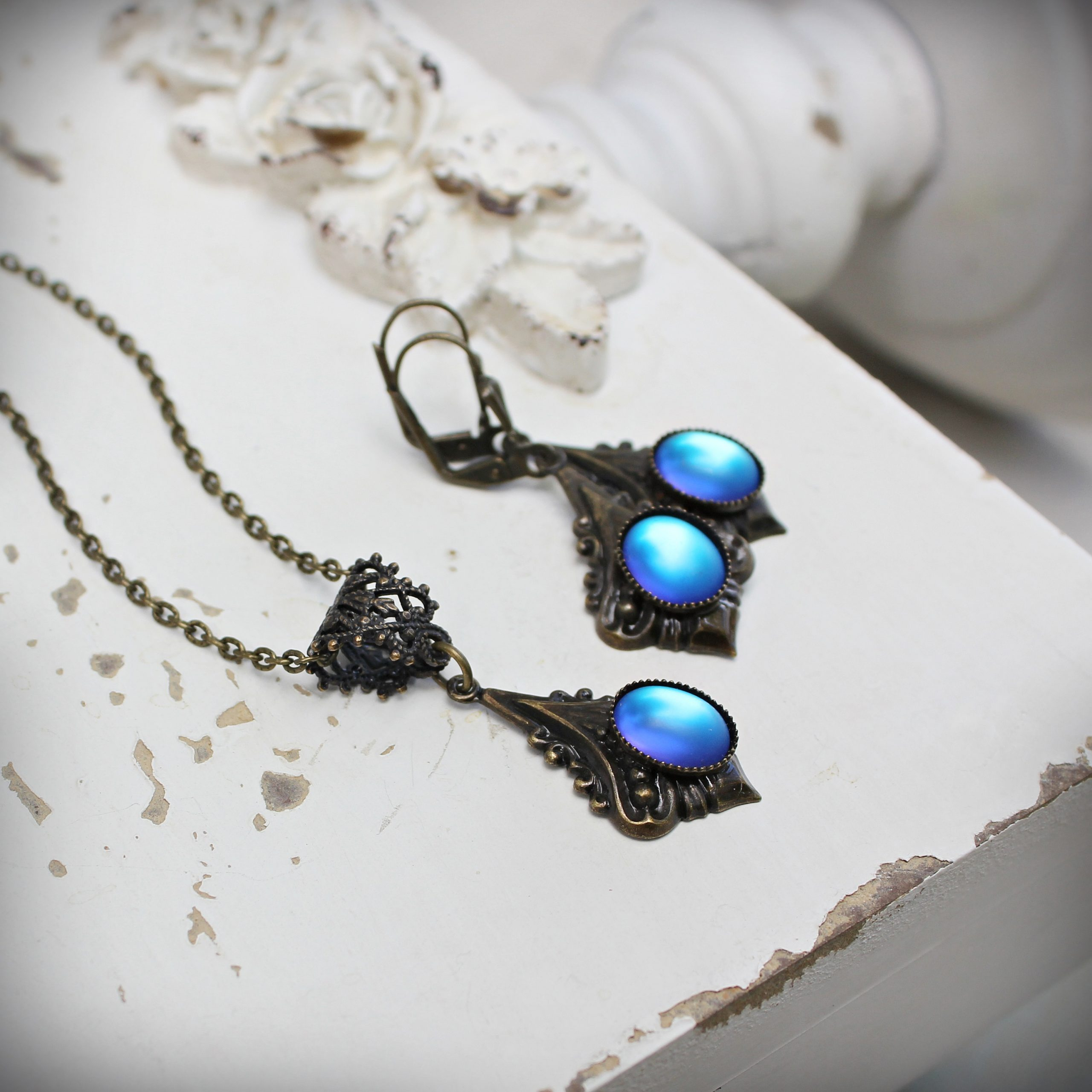 Frosty Blue Luminous Glass Necklace and Earrings Set