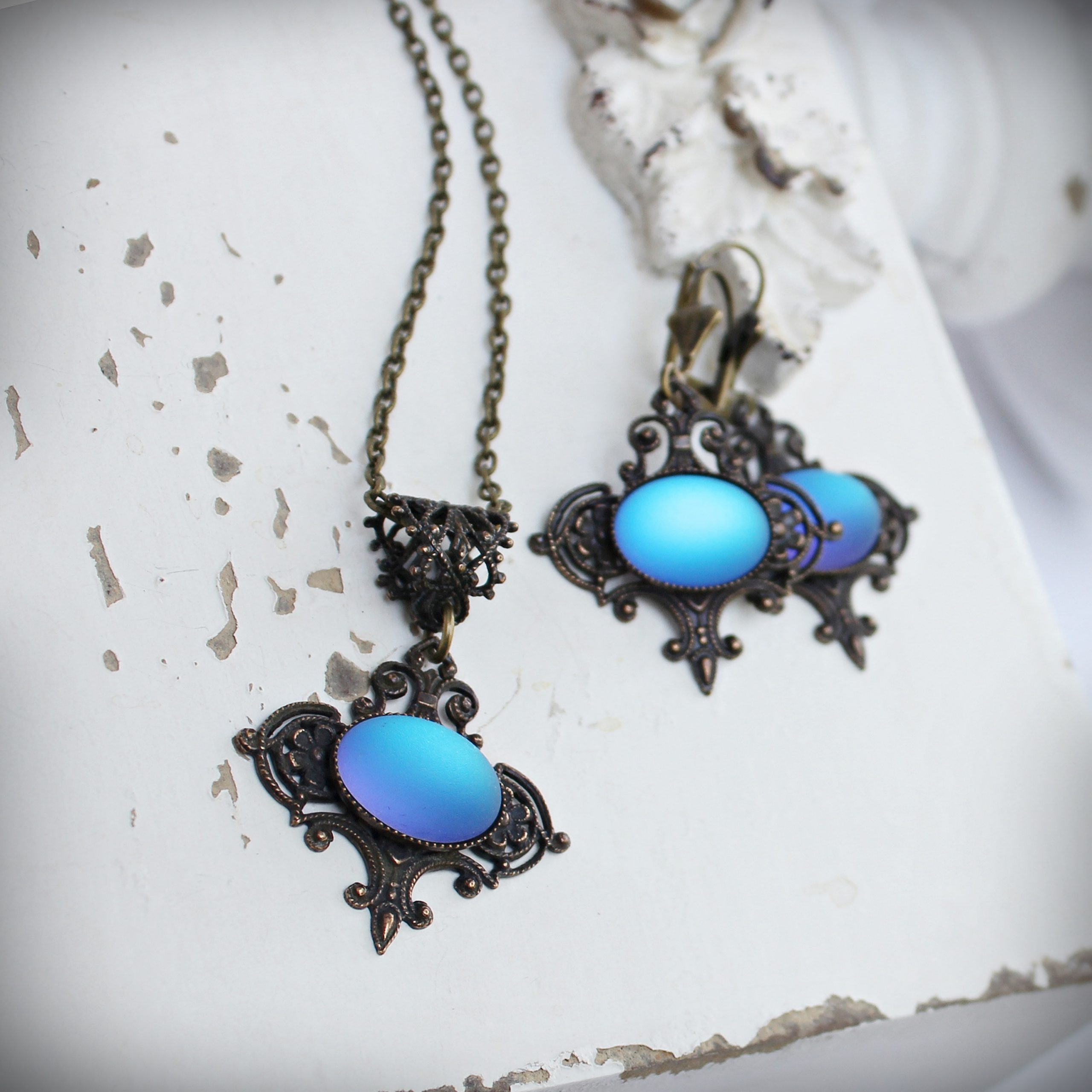 blue glass filigree necklace earrings set