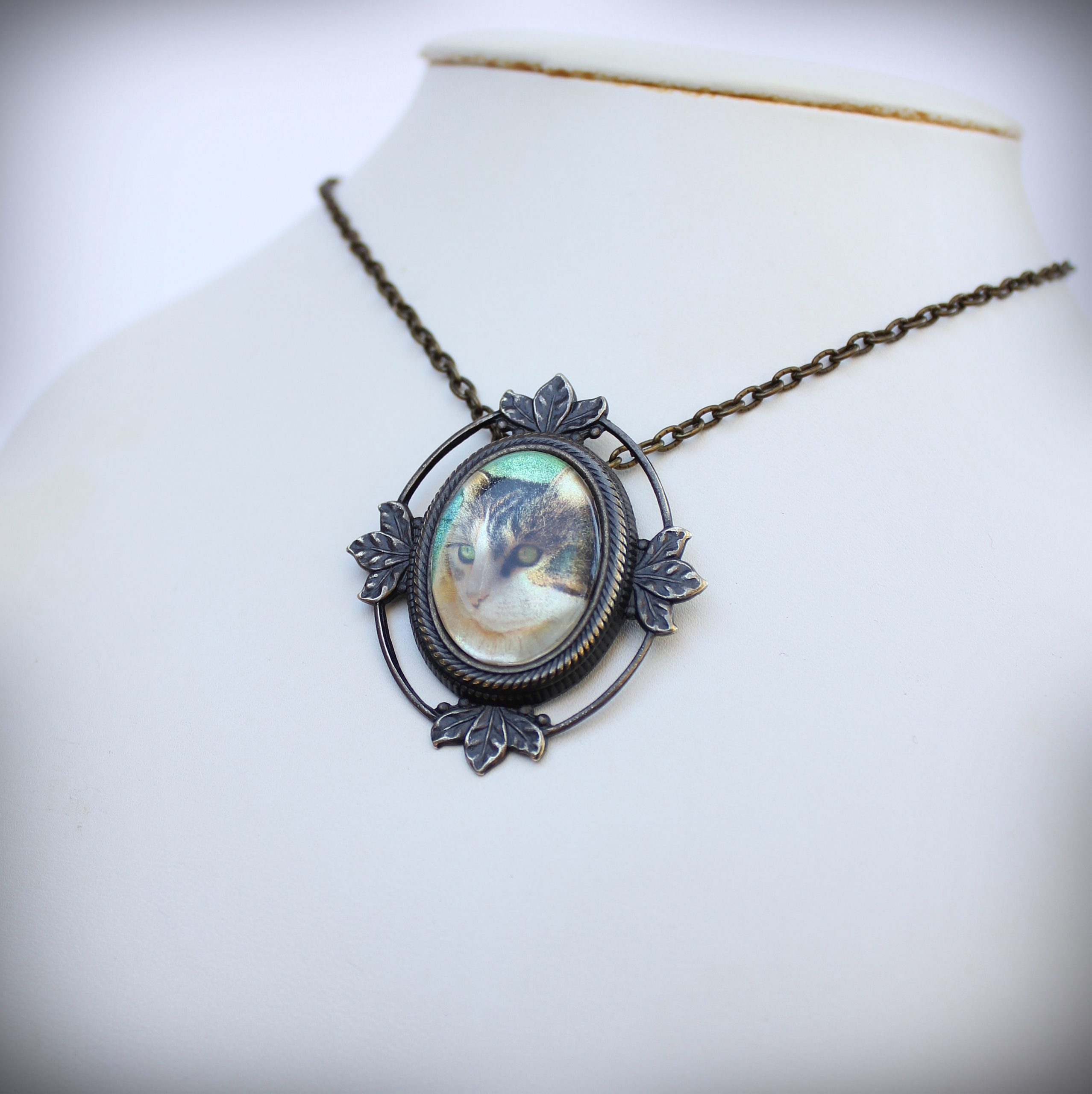 Cat Mother of Pearl Brooch and Pendant
