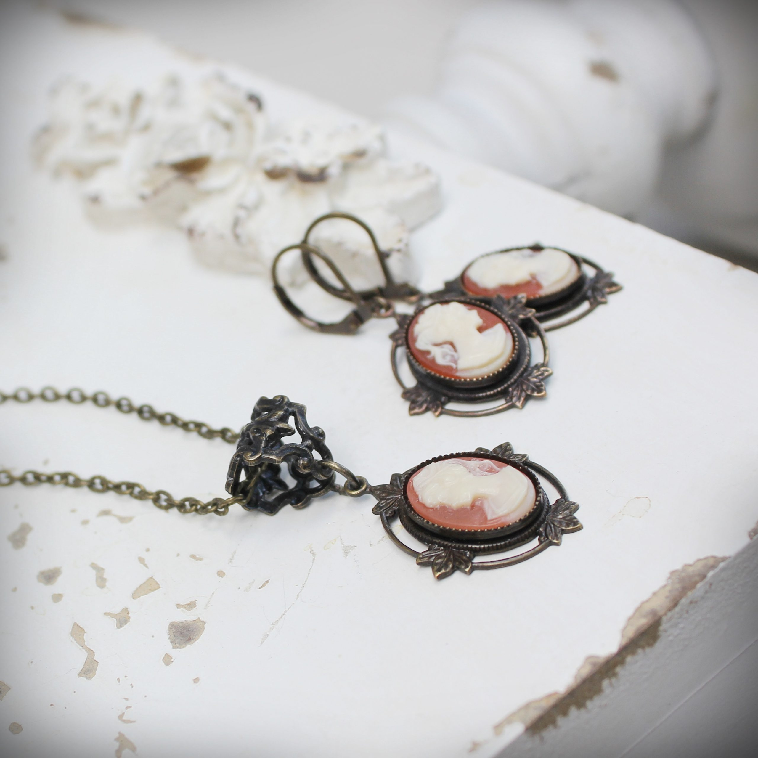 cameo earrings and necklace set vintage