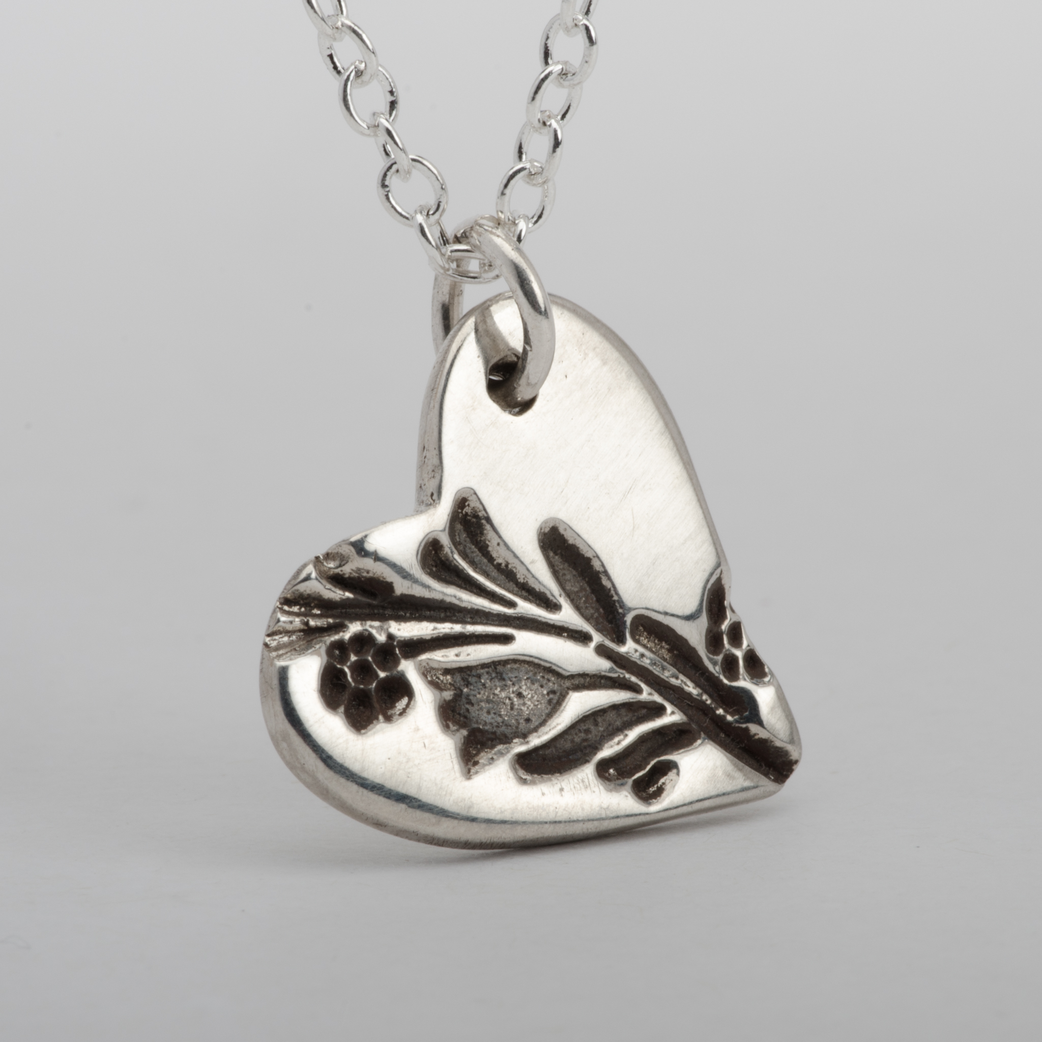 Heart Daisies Pendant Necklace Sterling Silver Women Jewelry