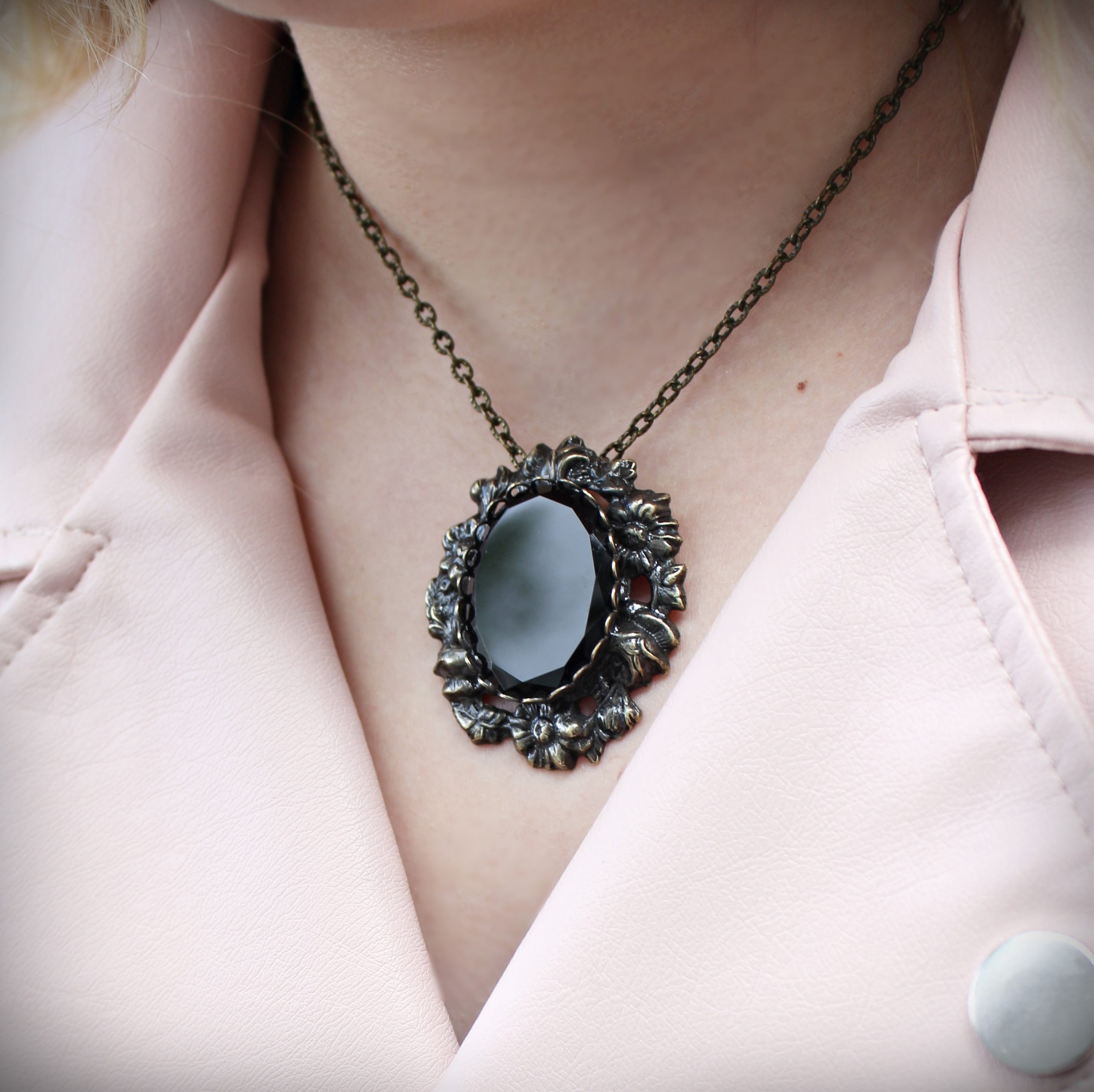 faceted black onyx brooch pendant