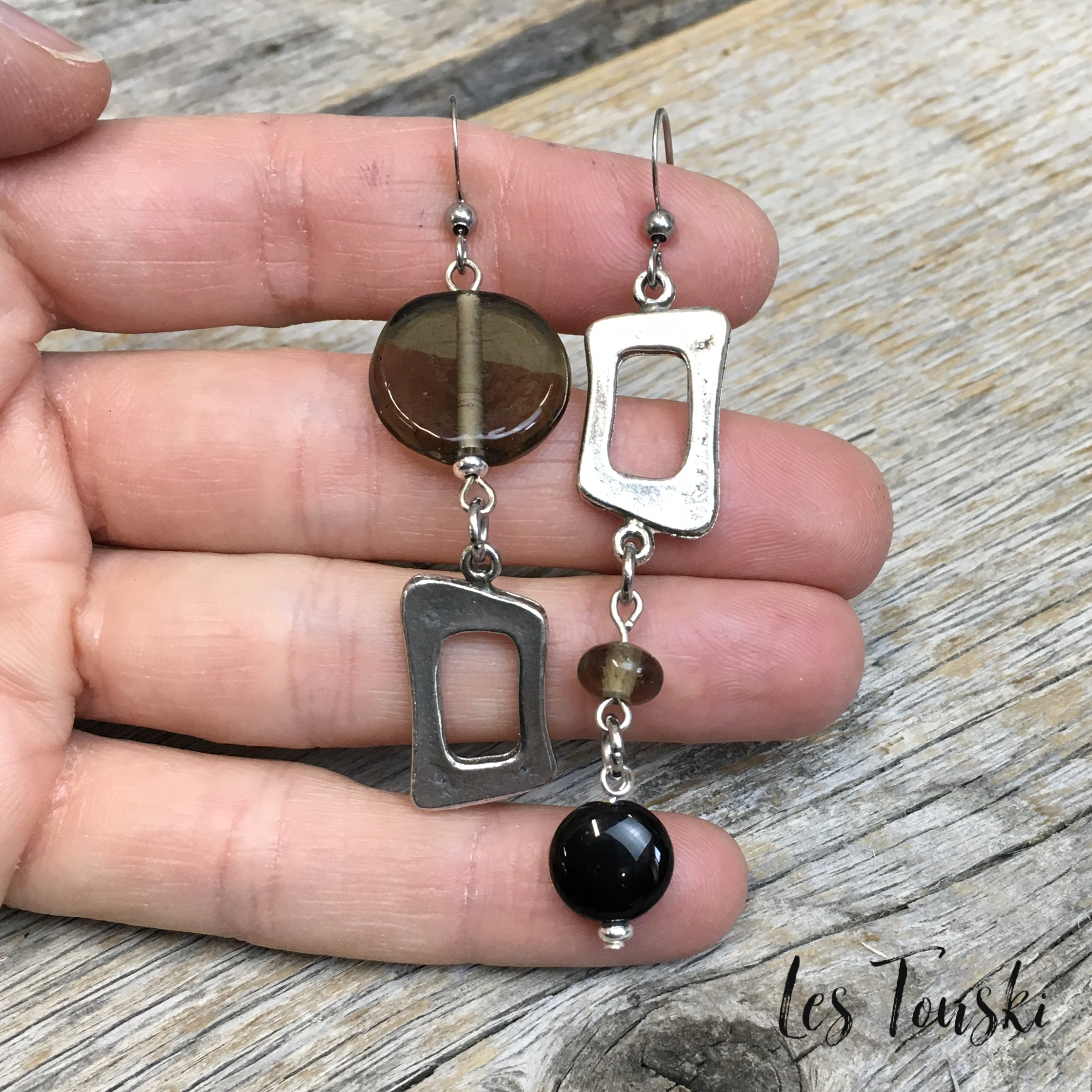Attractive Long grey and black earring from Les Créations à Cath