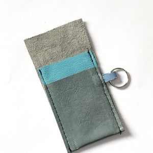 Leather card holder in grey and turquoise