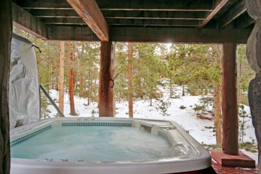 Starfire townhome 1992 has a private hot tub out back