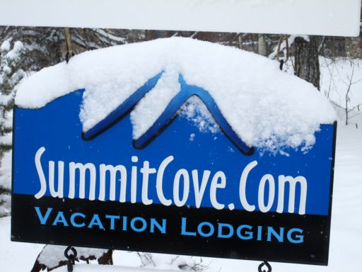Summit-Cove