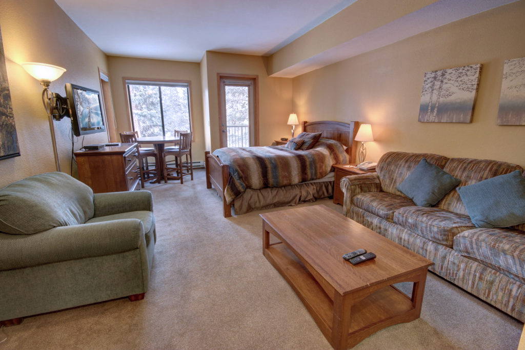 Slopeside Condos 2743 Keystone Ski Resort with SummitCove Lodging