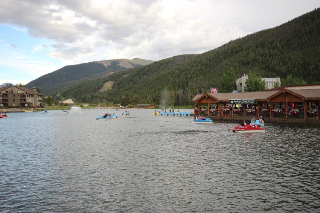 Boaters at Keystone Lake