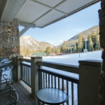 ski in lodging at lone eagle condos in River Run Keystone