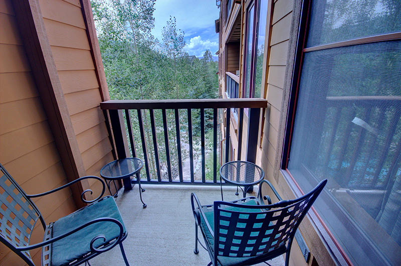 Bedroom with a Balcony at Springs Vacation Rental Keystone