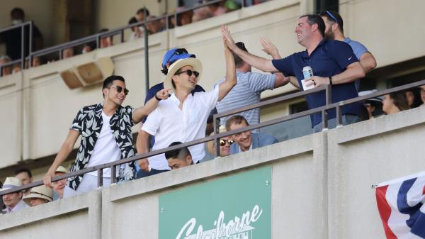 Best Bets: Looking for Live Longshots at Woodbine, Belmont