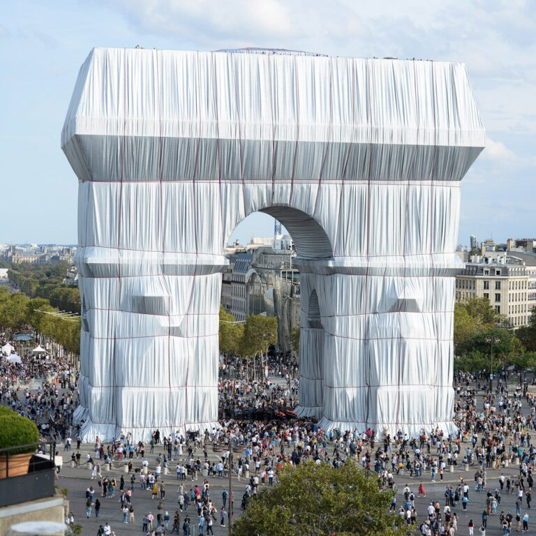 Christo and Jeanne-Claude's wrapped Arc de Triomphe opens to the public