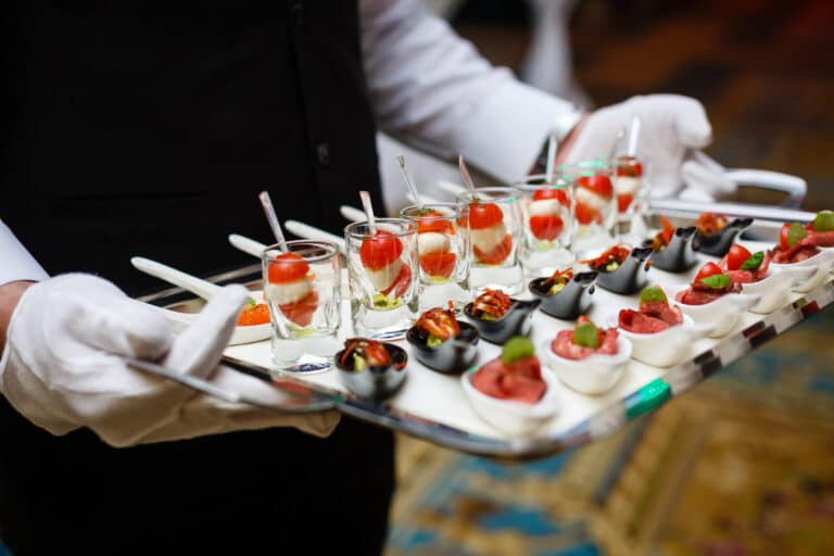 Ways to Start a Catering Delivery Business this Covid Season