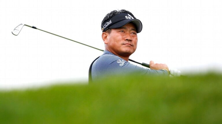 K.J. Choi carries 2-shot lead into final round at Pebble Beach